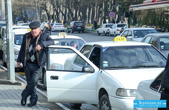Sumqayıtda taksi sürücüsü qarət olunub