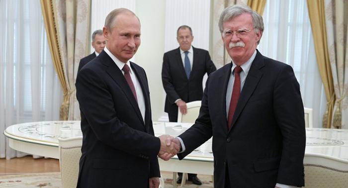 بوتين يبحث مع بولتون قضايا الأمن الاستراتيجي والعلاقات الثنائية
