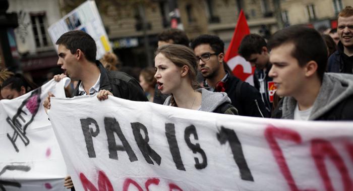 Jubilados protestan contra las reformas de Macron-EN VIVO
