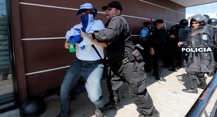 Amnistía denuncia extenso uso de grupos parapoliciales y posibles ejecuciones en Nicaragua