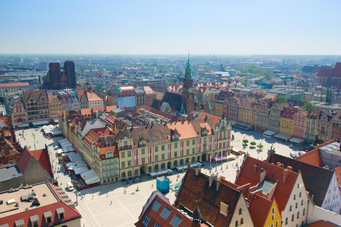 Creada la línea de atención para los azerbaiyanos en Polonia