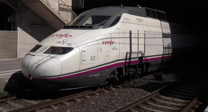Se estrena el tren AVE de fabricación española entre Medina y La Meca