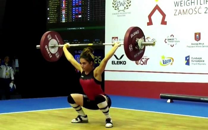Səbinə Avropa birinciliyində gümüş medal qazandı