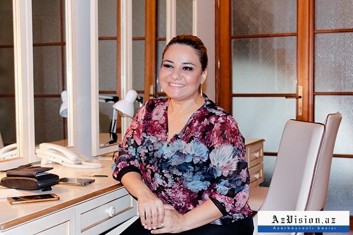 """""""Həyat yoldaşım filmlərimə baxmayıb"""" - Tanınmış aktrisa (MÜSAHİBƏ)"""