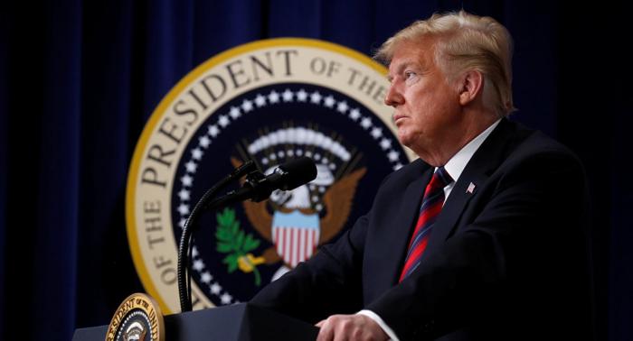 """Trump califica las elecciones de medio término de """"tremendo éxito"""""""