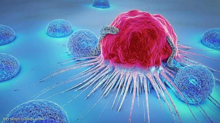 """علماء بريطانيون يطورون فيروسا """"يقتل السرطان"""""""