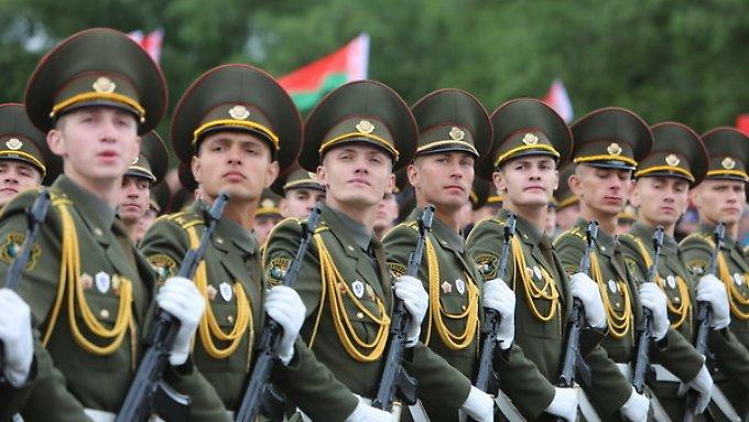 Weißrussland droht mit Aufrüstung