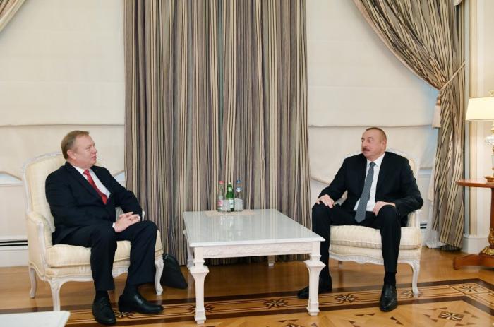 إلهام علييف يستقبل سفير روسيا البيضاء - صور