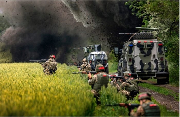 Britaniya Rusiyaya qarşı Ukrayna ordusunu gücləndirir