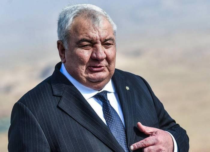 Xaçaturov vəzifəsindən azad edildi
