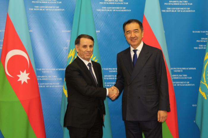 Azerbaijan, Kazakhstan eager to fully use their transit potential, saysPrime Minister Novruz Mammadov