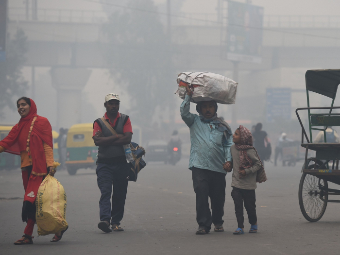 Deadly smog hits Delhi ahead of feared Diwali pollution spike