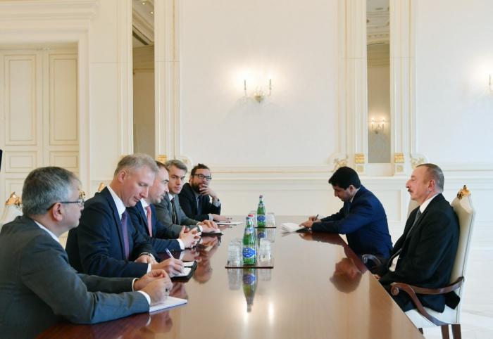 Präsident Ilham Aliyev empfängt eine Delegation um EU-Sonderbeauftragten