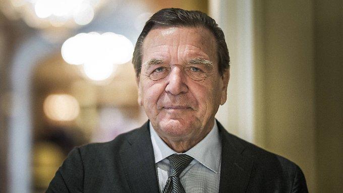 Schröder warnt SPD vor zu großem Linksruck