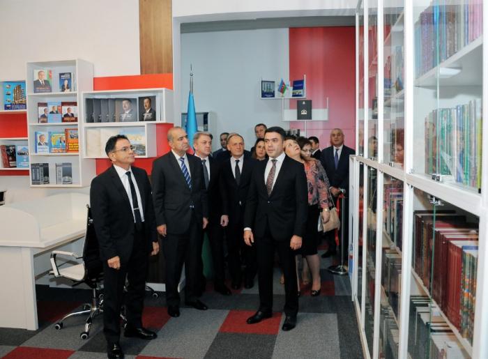 Mədət Quliyev kitabxana açılışında - FOTO