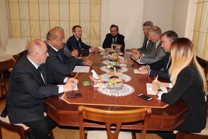 Bakou:Toivo Klaarrencontre la communauté azerbaïdjanaise du Haut-Karabagh