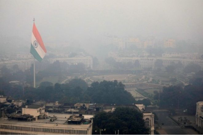 Deadly smog returns to Delhi after Diwali