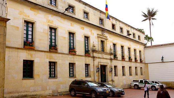 """Colombia envía nota de protesta a Venezuela por la """"reiteración"""" de """"acciones violatorias"""""""