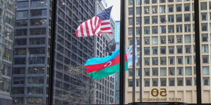 Çikaqoda Azərbaycan bayrağı qaldırıldı - FOTOLAR