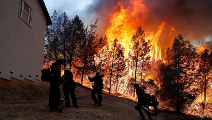 Waldbrände in Kalifornien: Paradise verwandelt sich in brennendes Inferno
