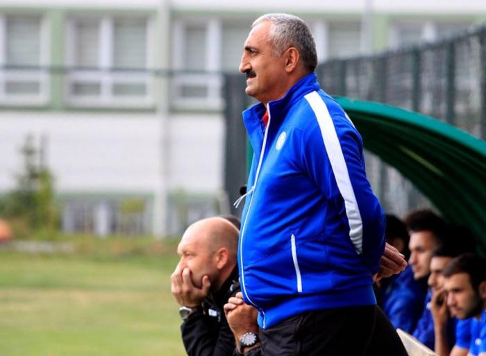 Nazim Süleymanov istefa verib