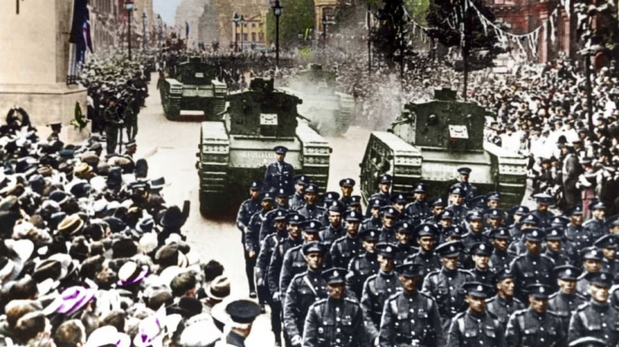 Newly unveiled color photos show powerful moments from WW1 - PHOTOS