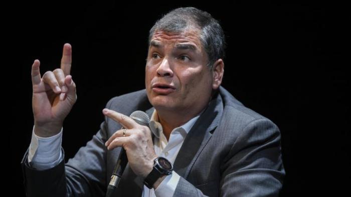 Correa denuncia procesos para inhabilitarlo de por vida