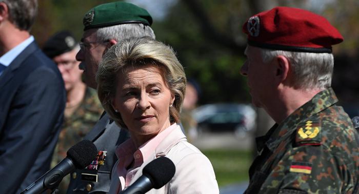 Von der Leyen eröffnet Bundeswehr-Camp im Niger und sagt wirtschaftliche Hilfe zu