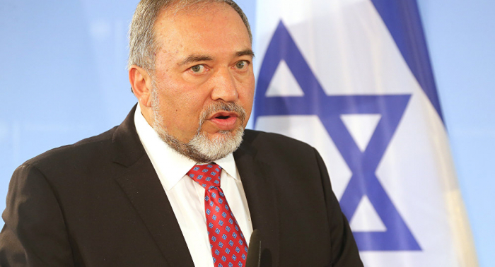 Israeli defenсe minister Lieberman resigns, slams PM for