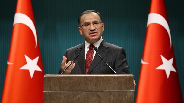 """Bozdağ: """"In keiner Periode der türkischen Geschichte hat es einen Völkermord gegeben."""""""