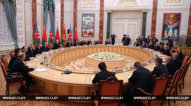 Lukaschenko: Aserbaidschan bleibt nach wie vor strategischer Partner von Belarus