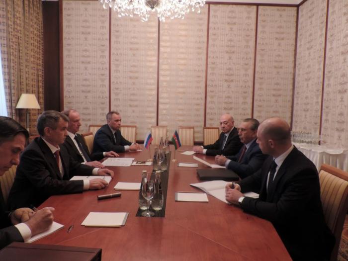 Ramiz Mehdiyev se reúne con losSecretarios del Consejo de Seguridad de Rusia y Belarús