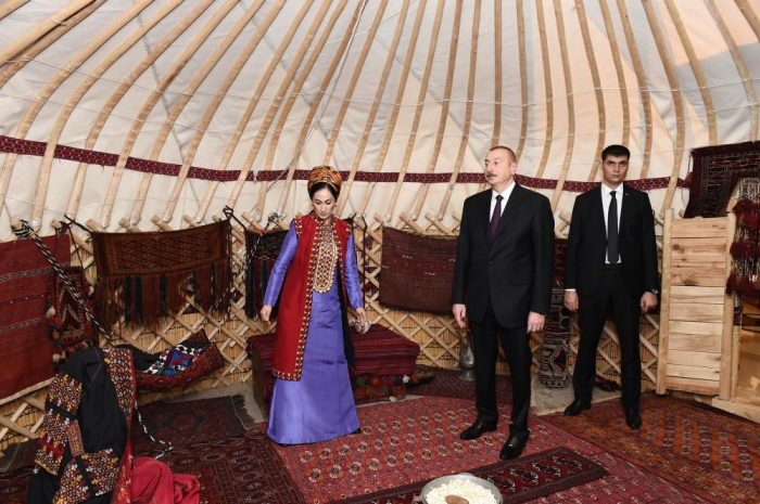 Azerbaijani president views Turkmen national carpet museum- UPDATED
