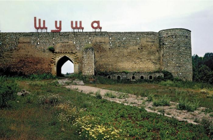 Qarabağ icması Rusiyaya etirazını bildirdi