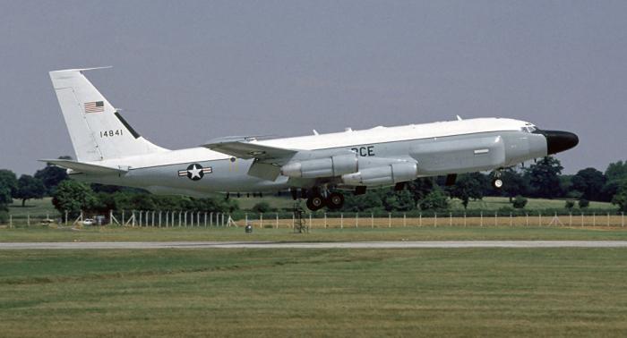 Un avión militar de EEUU entra en el espacio aéreo del mar Negro