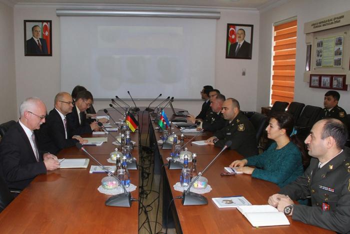 Azerbaijani, German military legal experts hold meeting