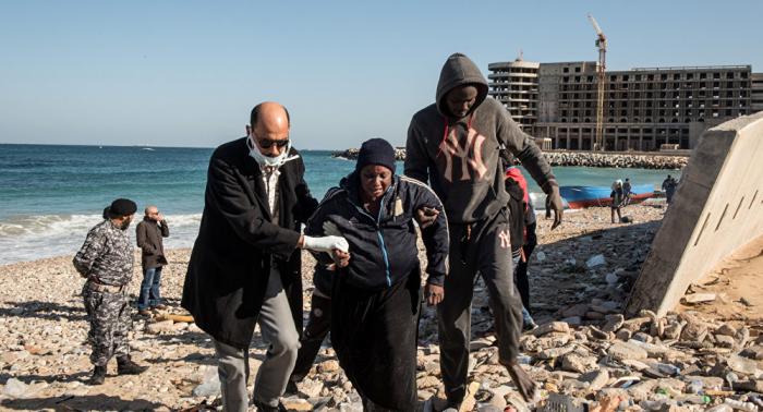 بريطانيا تحتجز قاربا لمهاجرين إيرانيين عند سواحل المانش