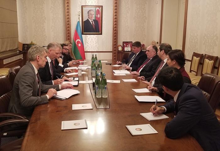 محمدياروف يجتمع مع الممثل الخاص للاتحاد الأوروبي