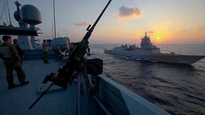 Kriegsschiff rammt Tanker vor Norwegen