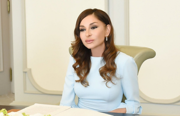 """""""Biz doğrudan da vahid komanda kimi çalışırdıq"""" - Mehriban Əliyeva"""