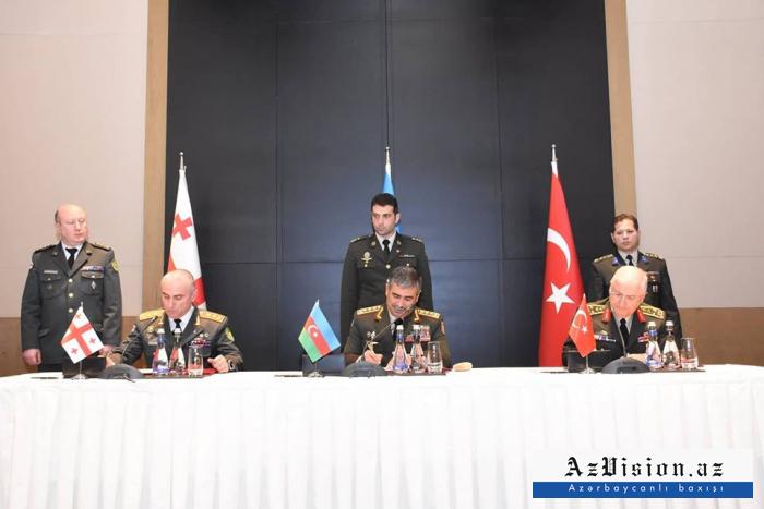 Generallar birgə protokol imzaladılar - FOTOLAR