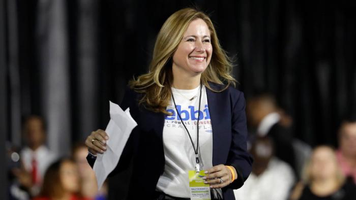 ¿Quién es Debbie Mucarsel-Powell, la ecuatoriana que alcanzó el Congreso de los EEUU?