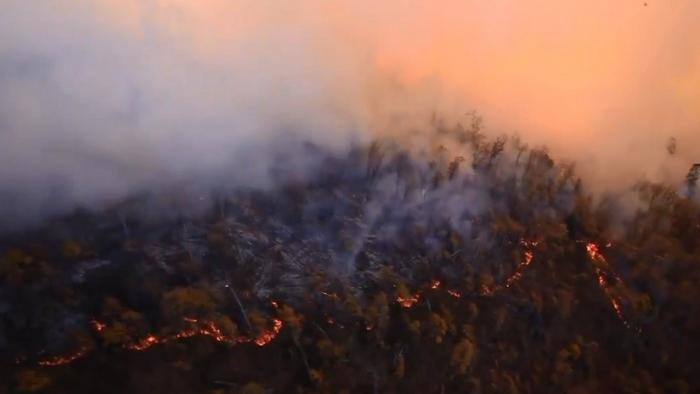 VIDEO: Pentágono muestra imágenes de mortales incendios forestales de California desde un Black Hawk