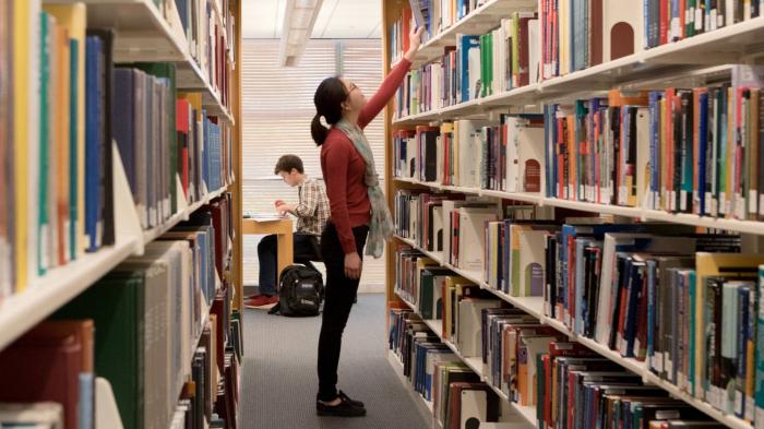 Respublika Elmi-Texniki Kitabxanasına yeni bina verilib