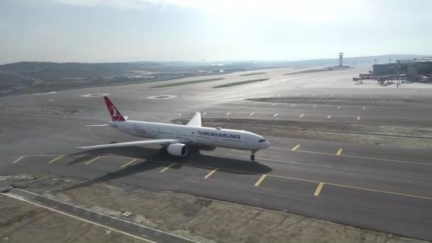 Efectúan el primer vuelo a Bakú desde el Aeropuerto de Estambul