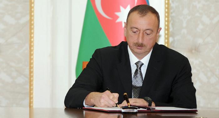 Azerbaiyán retira a su embajador en Suecia, Noruega y Finlandia