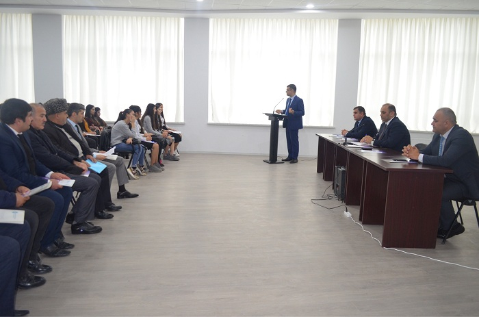 Mənəvi Dəyərlərin Təbliği Fondu seminar keçirib