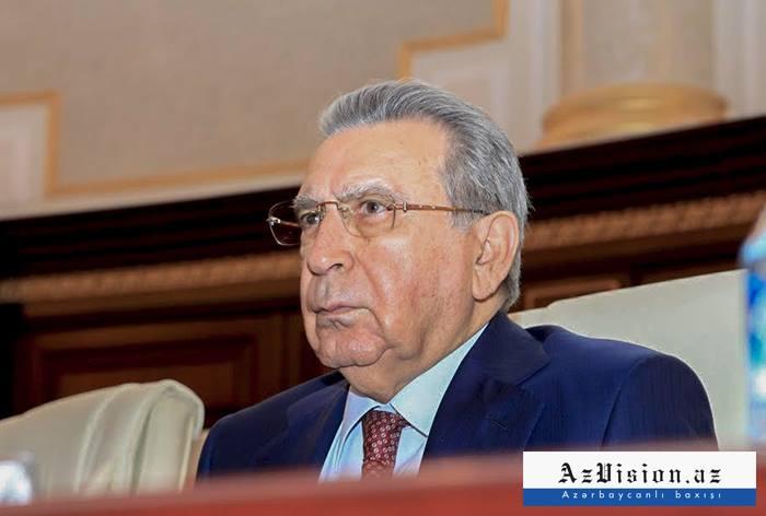 Ramiz Mehdiyevin yeni kitabı çapdan çıxıb