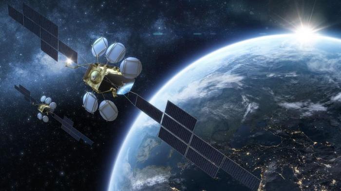 Airbus remporte un gros contrat pour deux satellites auprès d