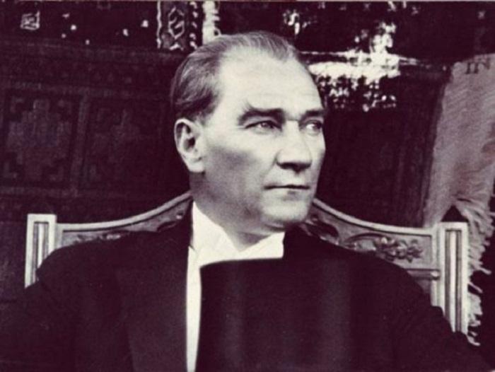 80 ildən sonra: Atatürkün dəfn günü çəkilən nadir FOTOLAR